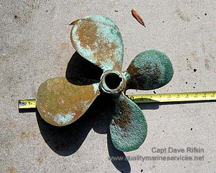 Propeller Corrosion Caused by a Stray Current
